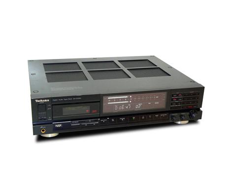 Technics SV D1000